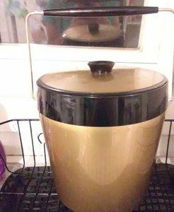 Vintage thermoserv ice bucket